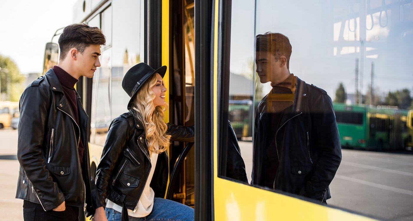 Busse verschiedener Klassen mieten